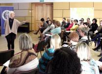 Skolotāju semināru Ķeguma novadā vada trenere Solvita Jirgensone.